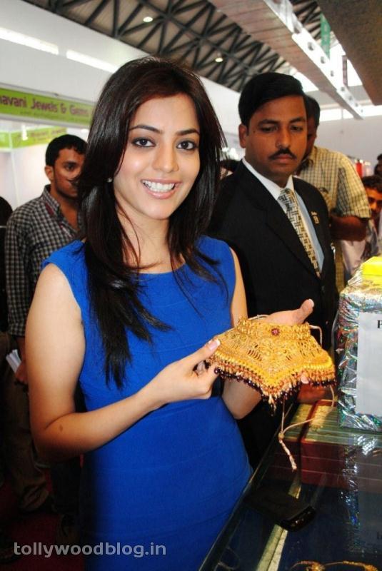 Nisha Agarwal at Gems amp Jewellery Expo wallpapers
