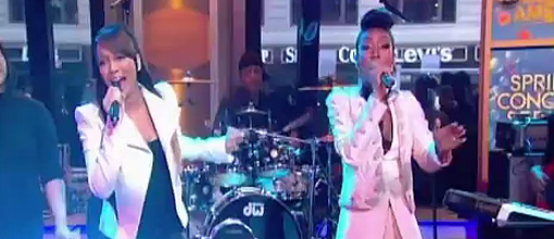 "Monica & Brandy perform ""It all belongs to me"" @ GMA 