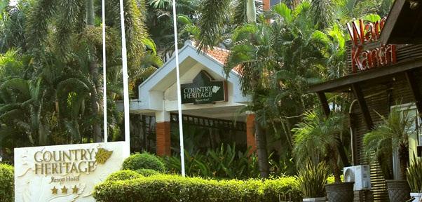 COUNTRY HERITAGE RESORT SURABAYA HOTEL BERNUANSA ALAMI