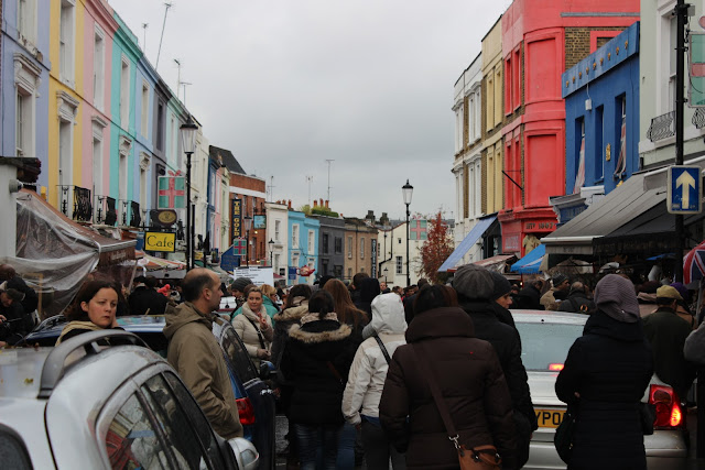 crowded portobello road