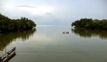 spot memancing di muara sungai pantai sambilangan