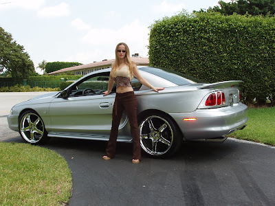 New Ford Mustang Girls, Automotive Car