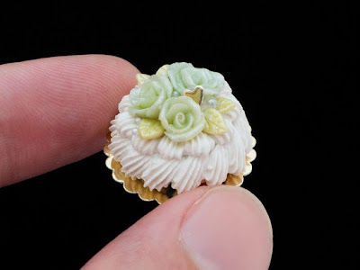 French vacherin cream cake with green roses - miniature food