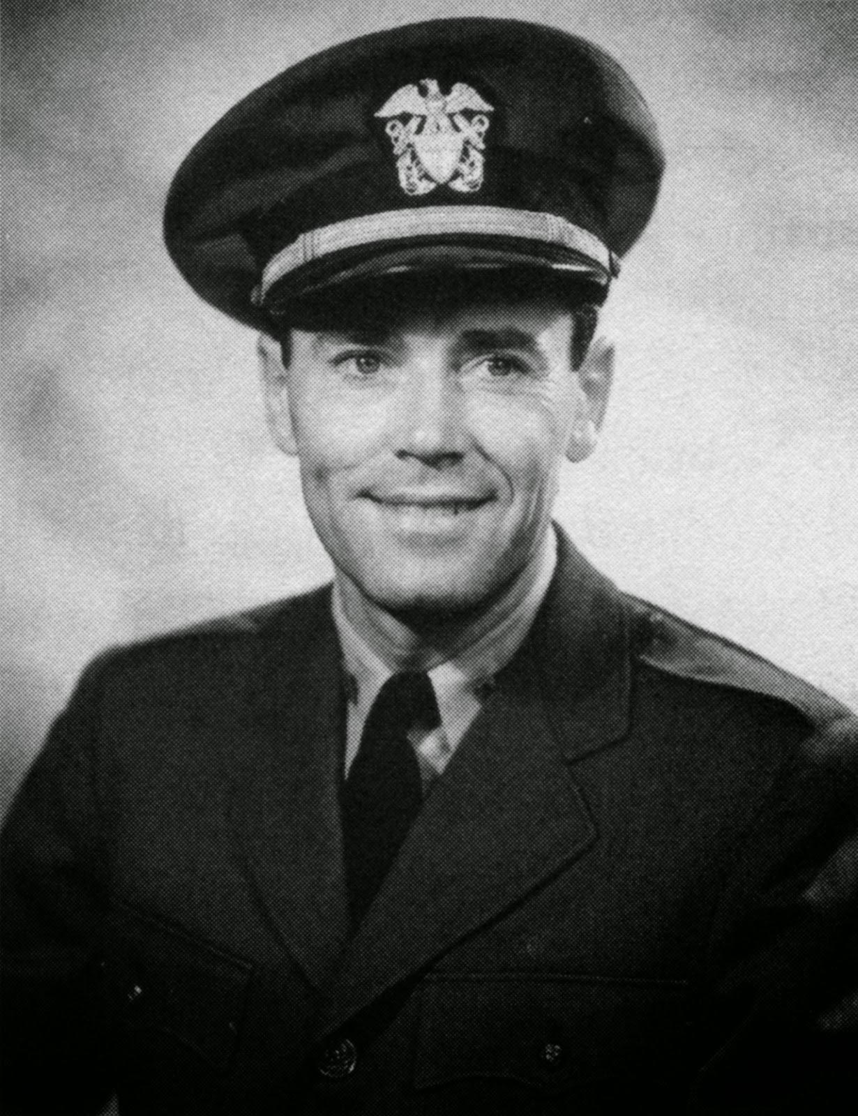 http://upload.wikimedia.org/wikipedia/commons/6/65/Henry_Fonda_-_USN.jpg