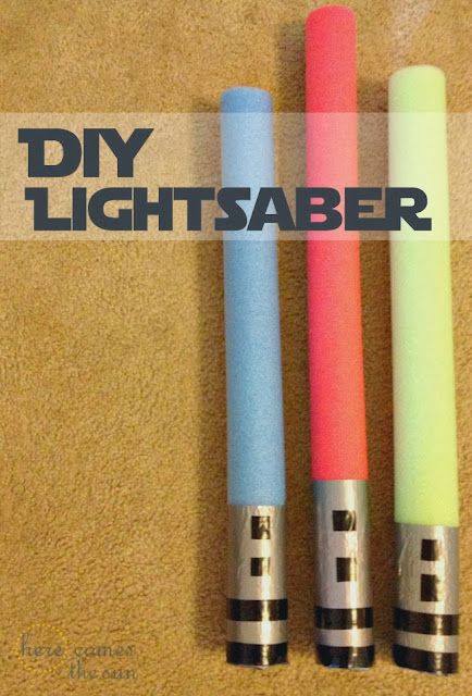 Star Wars Party Games: DIY Lightsaber via herecomesthesunblog.net