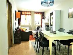 Piso de tres dormitorios junto al Palacio de la Ópera, garaje. 288.000€
