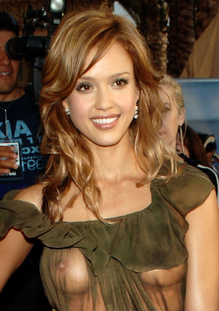 Naked Celebrity - candid photos of Jessica Alba