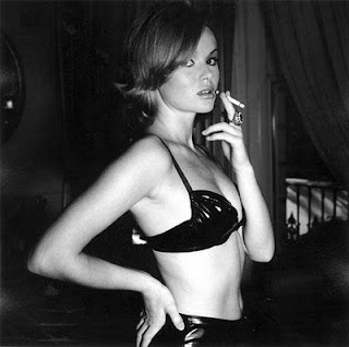 amanda holden smoking