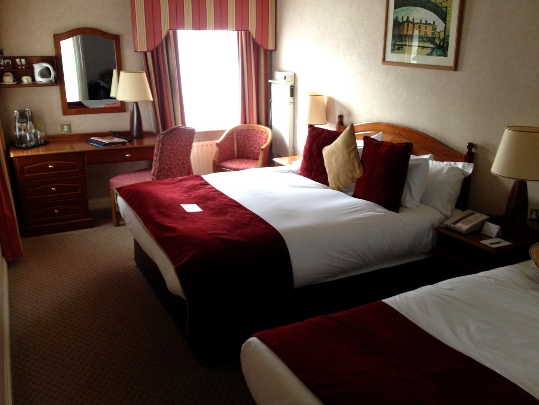 guia-dublin-donde-dormir-generator-hostel-buswells-hotel