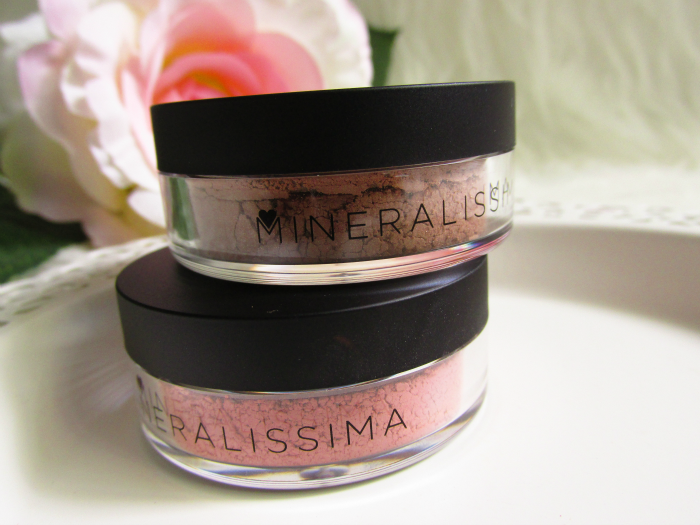 Mineralissima Blusher in Cheeky - 5g - 11.50 Euro Mineralissima Bronzer in Choco - 5g - 13.00 Euro