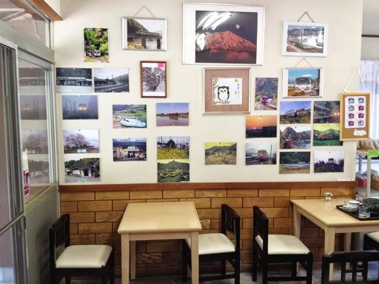 北濃駅の食堂