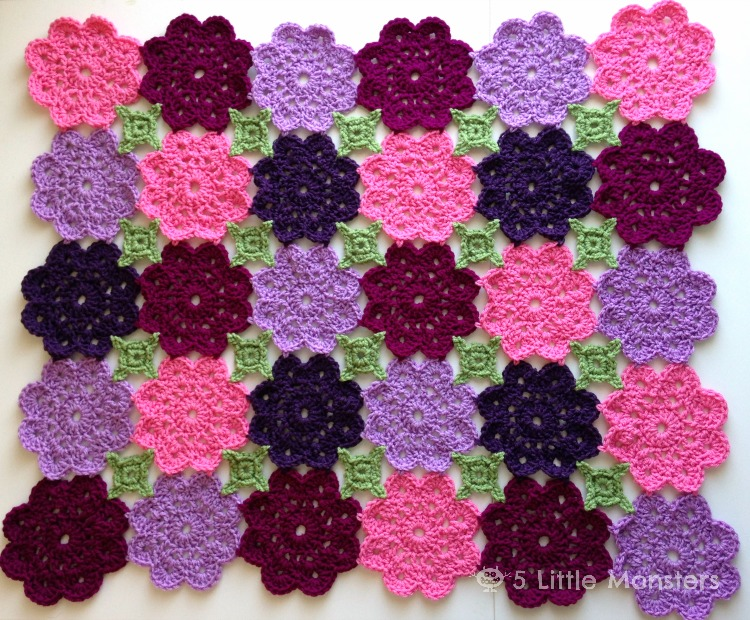 Crochet Flower Pattern Blanket : 5 Little Monsters: Kennedys Flower Garden Blanket