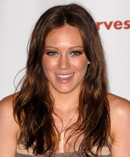 Hilary Duff with Deep Hue Dues Hairstyle