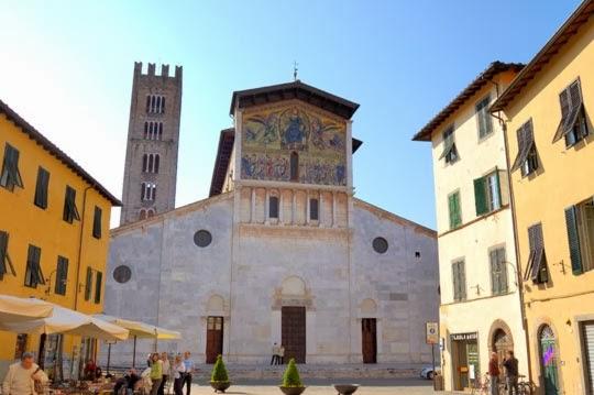 Basílica de San Frediano en Lucca, Italia