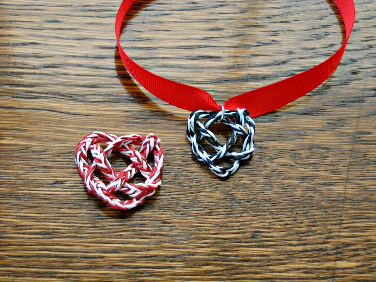 paper yarn heart knot tutorial