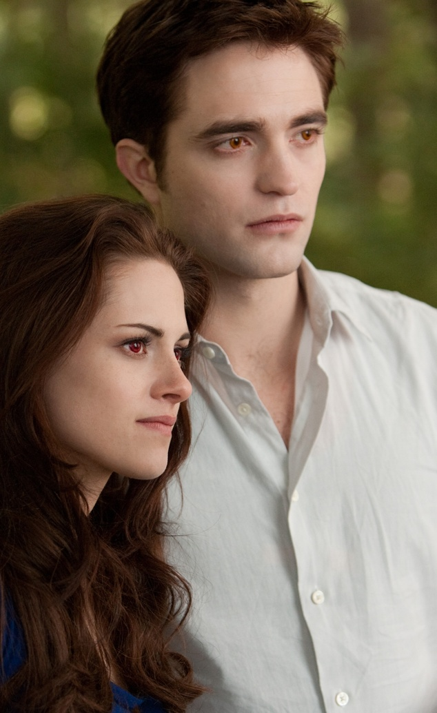 Les photos du film - BD 2 [TOPIC GENERAL - Ajouts : 05/10/12]   BD2+Bella+et+Edward+02