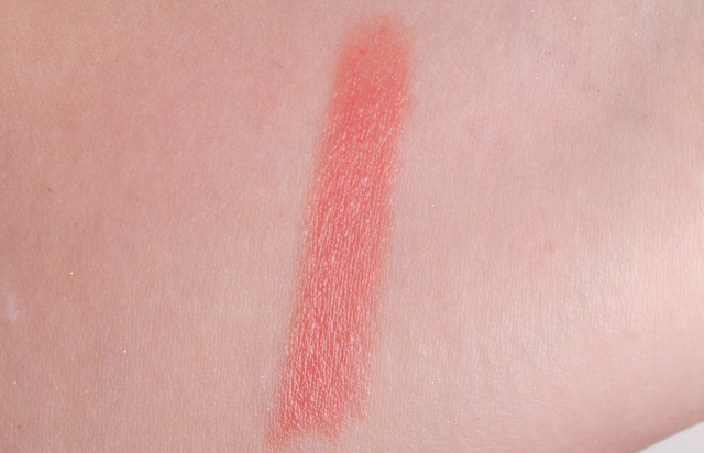 Burberry Kisses 05 Nude Pink Lipstick Swatch