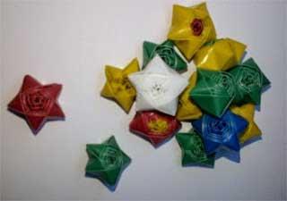 penghias bahan dekoratif dari sedotan plastik