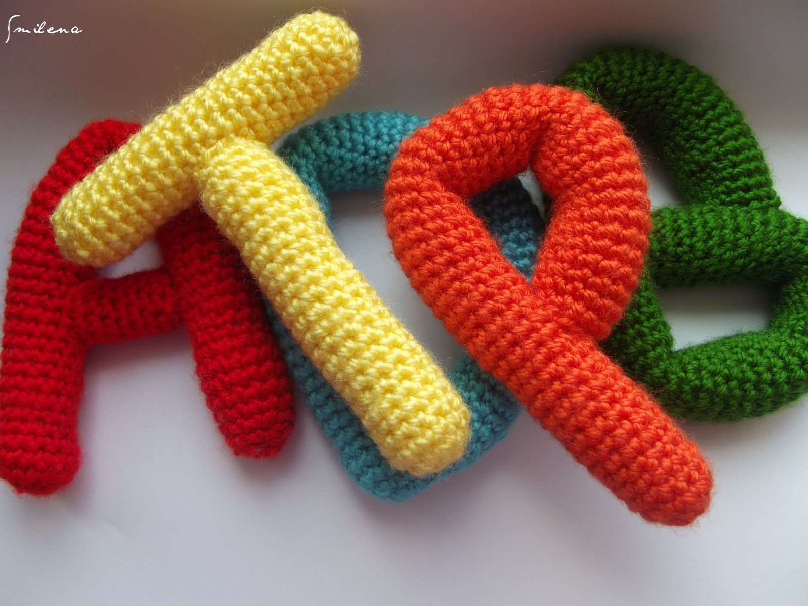 Amigurumi Harf Yapilisi : s m ? l e n a..: Amigurumi alfabe oruyorum :)))