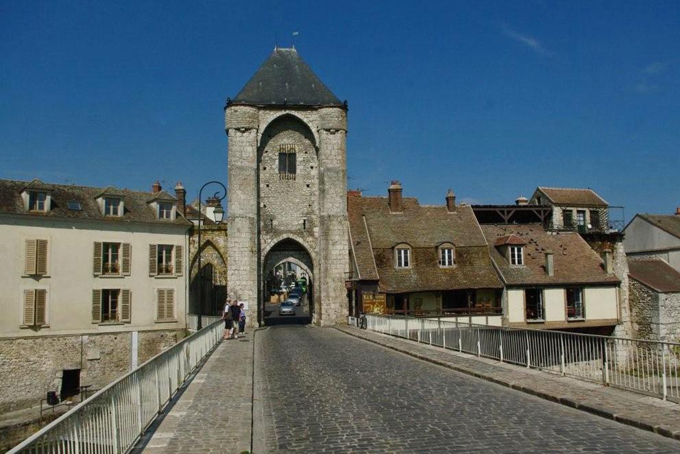 Charmes m connus du hurepoix moret sur loing 2e partie - La porte de bourgogne moret sur loing ...
