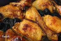 Pollo al horno con ciruelas pasas negras