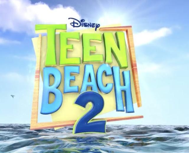 """Cartel de la película """"Teen Beach 2"""" que es la segunda parte de """"Teen Beach Movie""""."""