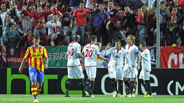 El Sevilla fue superior al Valencia en la ida de las semis