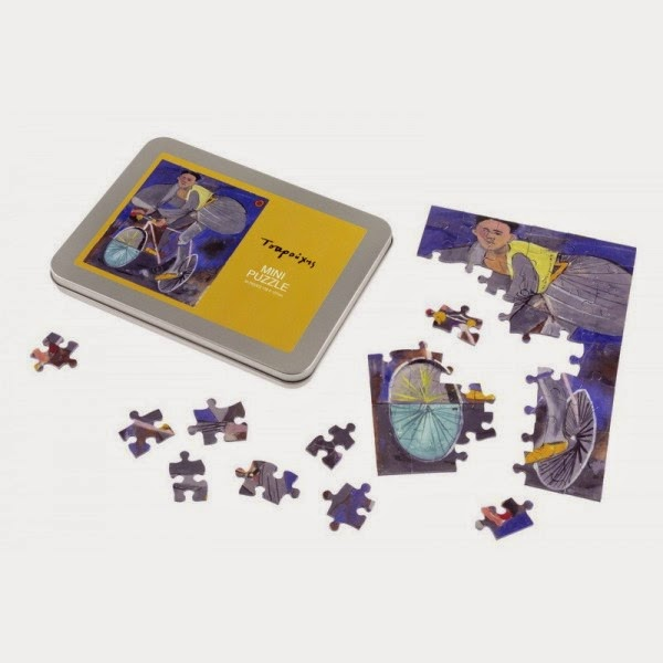 Mini puzzle in a tin