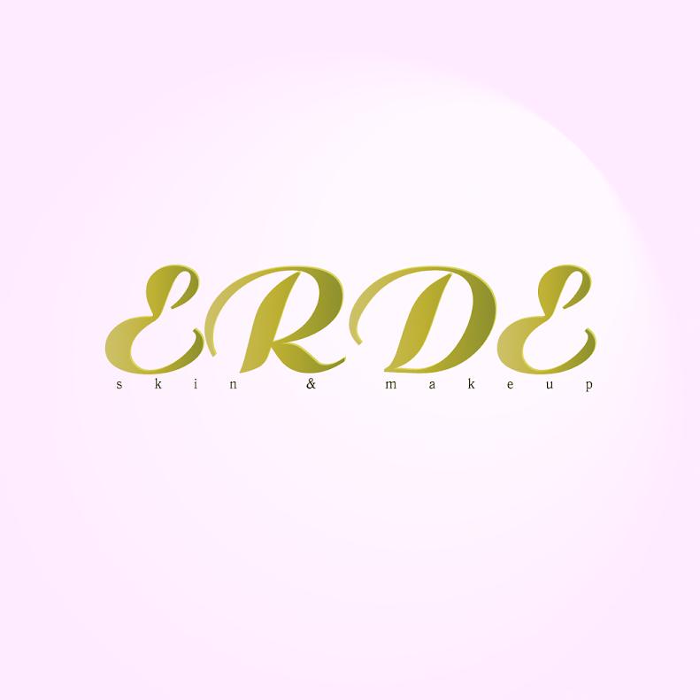 ERDE ( Blogger Manager Gabi Sabra)