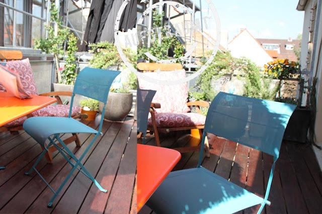 Die tollen türkisfarbenen Stühle