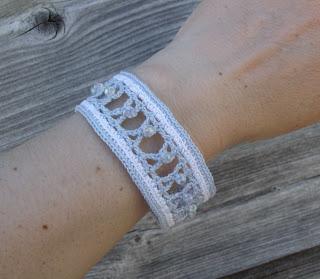 crochet bracelet pattern