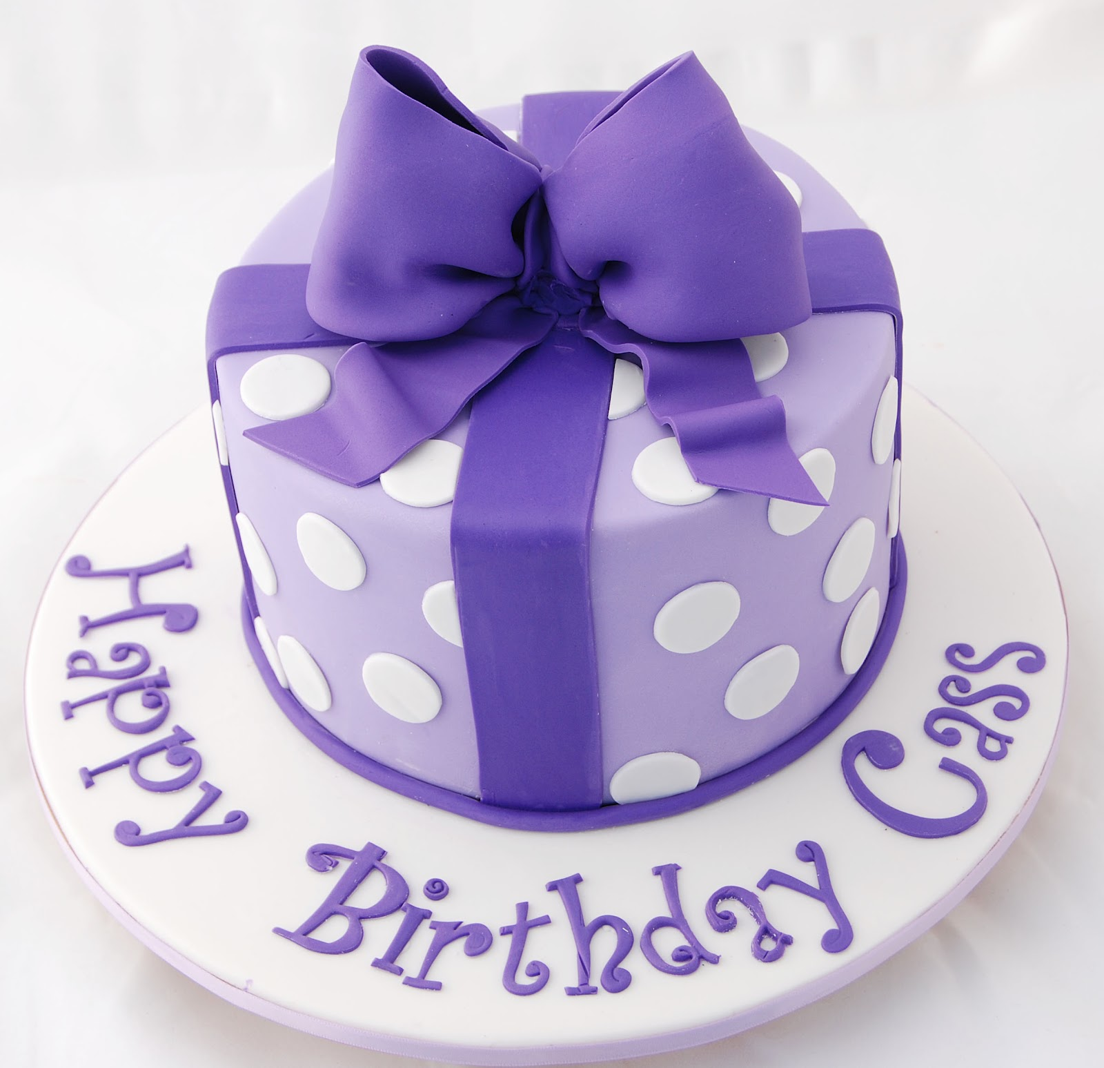 Little Robin Purple And White Bow Cake