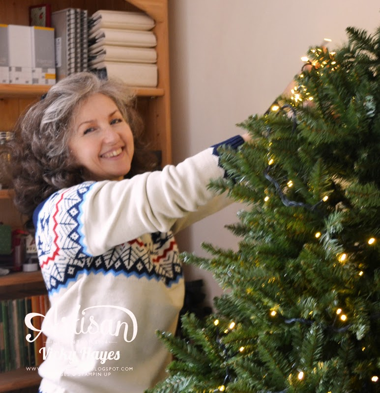 UK Stampin' Up demonstrator Vicky Hayes assembles her Balsam Hill Christmas tree
