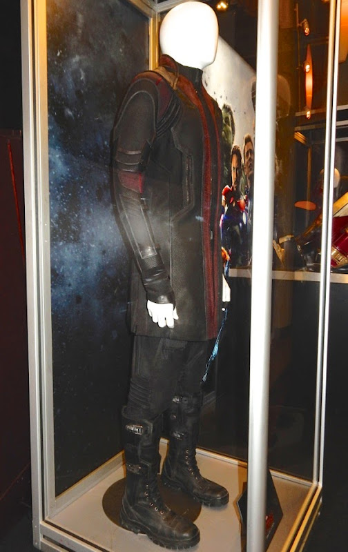 Avengers Age of Ultron Hawkeye film costume