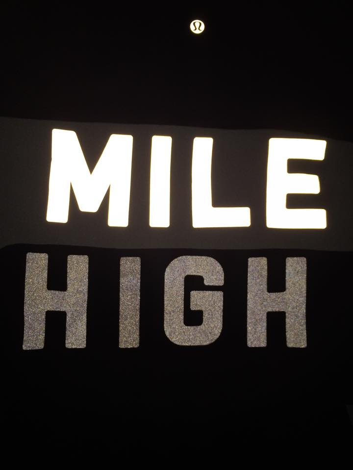 lululemon mile high words home stretch crew