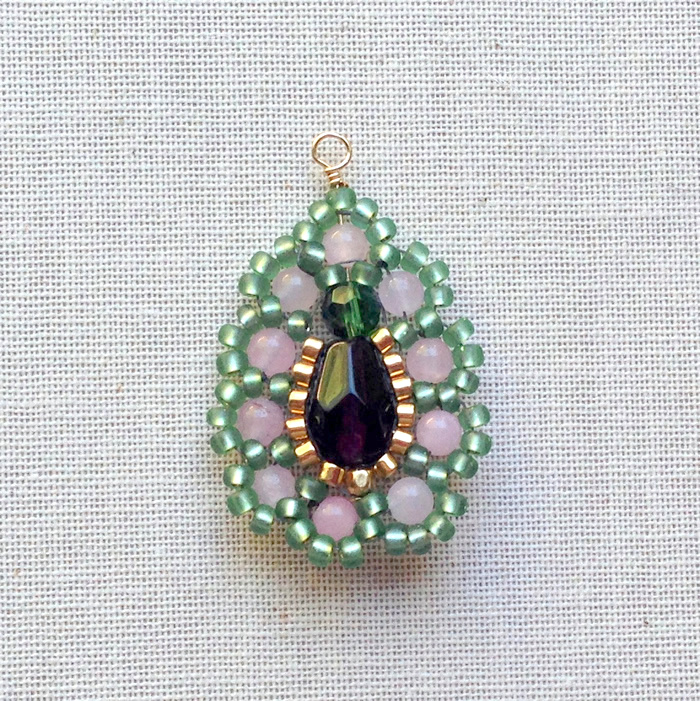 Fancy!  Brick stitch with rose quartz and border beads.  Lisa Yang's Jewelry Blog