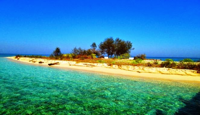 Wisata Pulau Kodingareng Keke Makassar