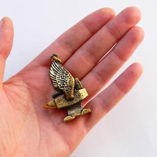 авторские украшения латунь бронза подвеска наковальня