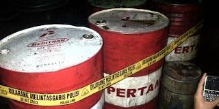 Jelang Kenaikan, Warga Riau Timbun 2 Ton BBM