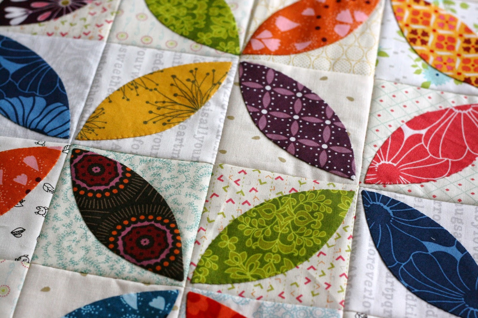 Orange Peel Mini Quilt and a Quilt Along! A Little Bit Biased Bloglovin