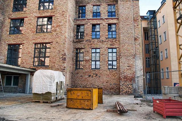 Baustelle Wohnhaus, Bernauer Straße / Strelitzer Straße, 13355 Berlin, 31.10.2013
