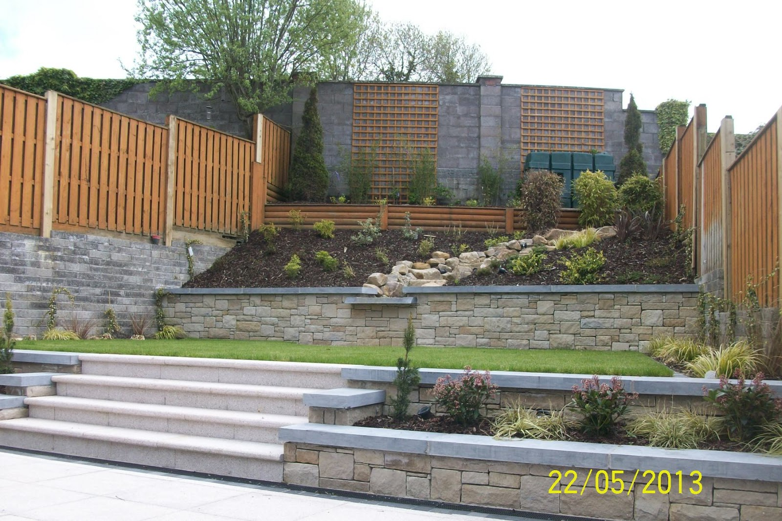 Stone restoration and conservation mccabe masonry cavan for Rock wall garden designs