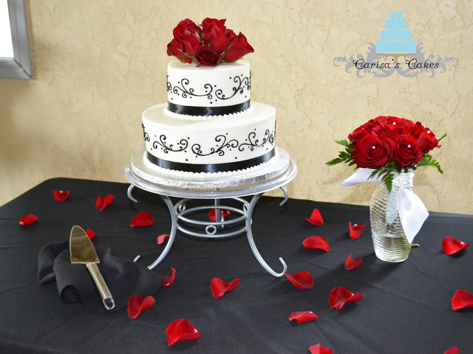 Carisa s Cakes Black and White Wedding Cake