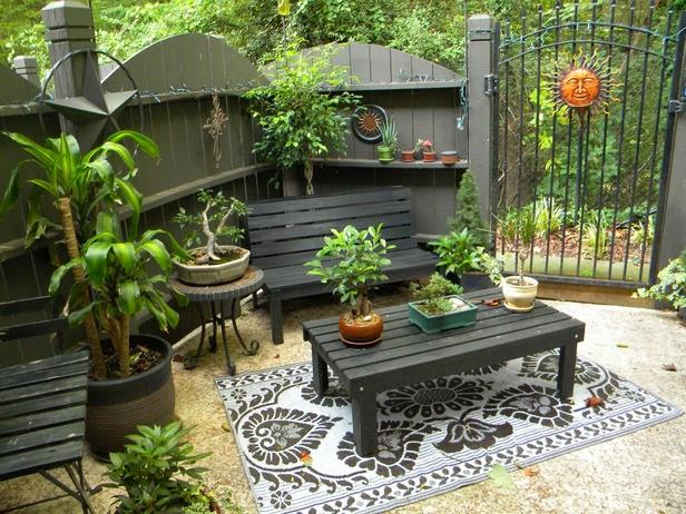 Simple Outdoor Patio Ideas :  backyard design ideas; backyard designs; backyard ideas; diy backyard