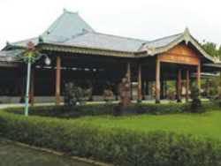 Hotel Murah Dekat Kraton Jogja - nDalem Ngabean