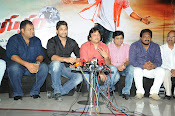 Race Gurram Premier and Press Meet-thumbnail-4