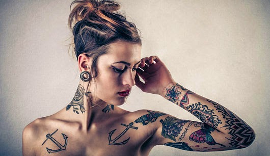 tattoo spr che frauen tattoo. Black Bedroom Furniture Sets. Home Design Ideas