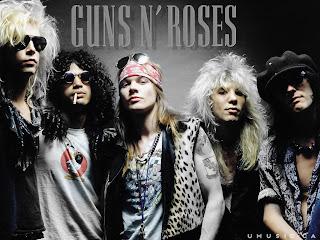 Guns N' Roses de cabelos pintados