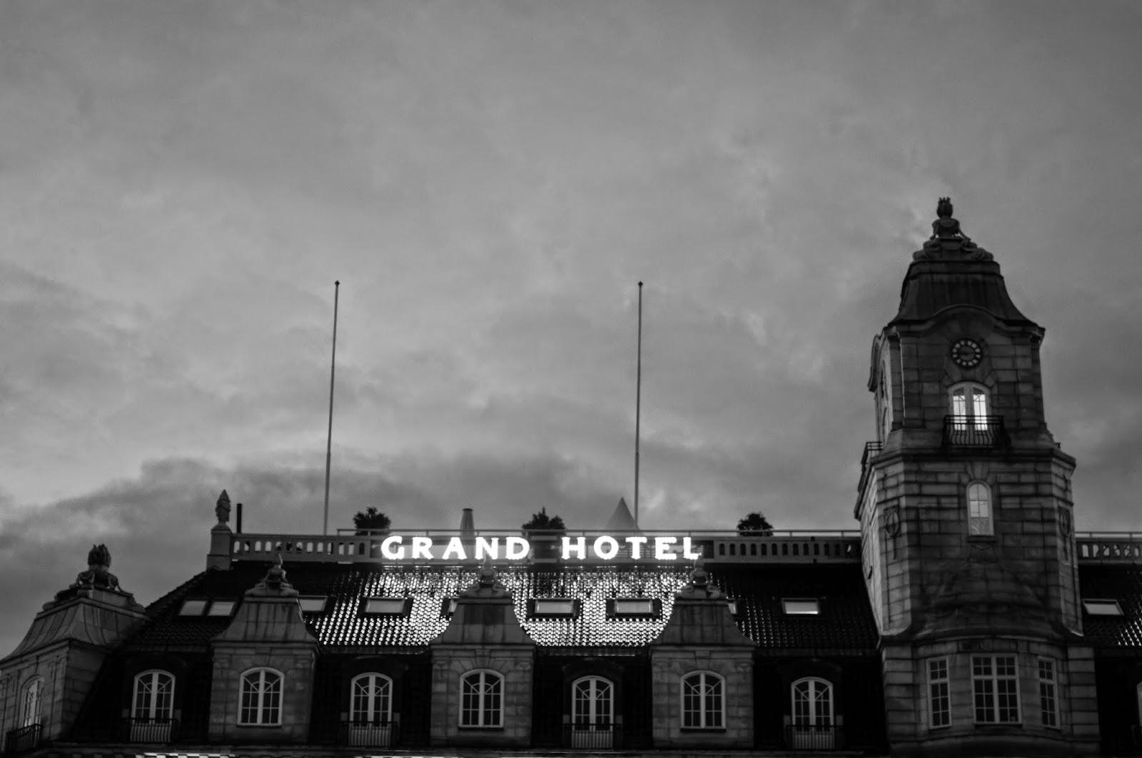 Güneş Girmeyen Ev, Oslo #2