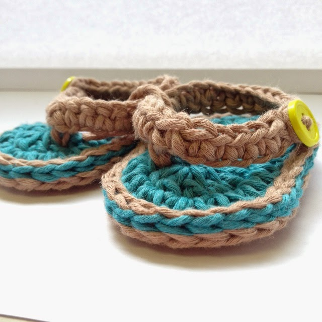 Bizzy Crochet New Free Pattern Chubby Baby Flip Flop Sandals